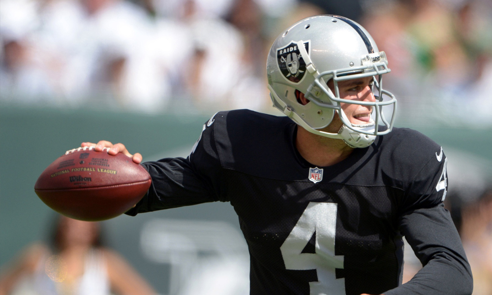 Derek_Carr_Raiders_2014_1