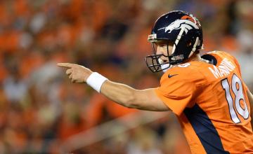 Peyton_Manning_Broncos_2014_5