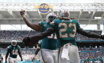 jay_ajayi_mike_pouncey_dolphins_2016_ap